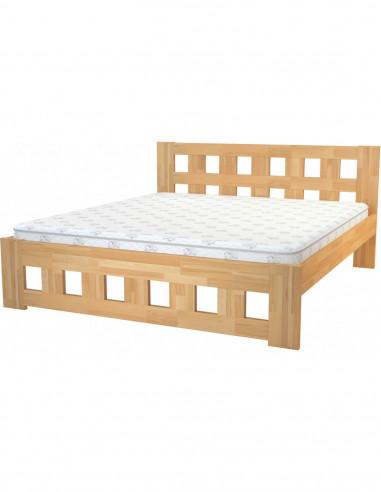 posteľ z bukového dreva